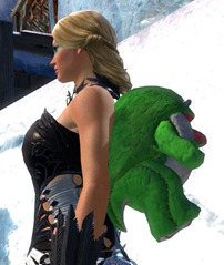 gw2-green-quaggan-backpack