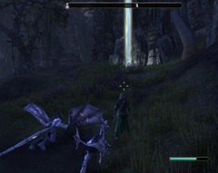 eso-stonefalls-skyshards-on-a-hillside-behind-a-plantation-2