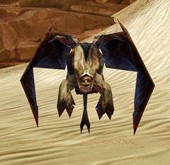 swtor-golden-lizardbat-pet