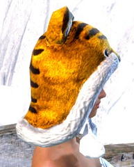 gw2-fuzzy-cat-hat-gemstore-2