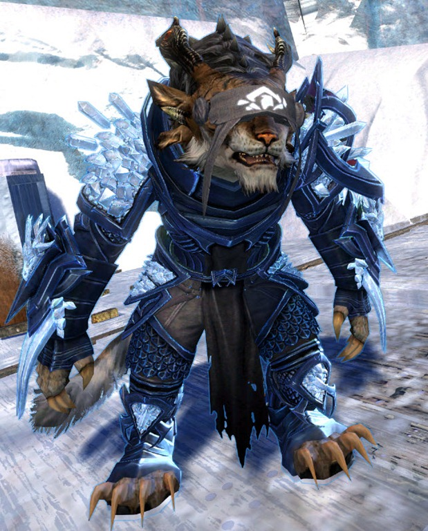GW2 Crystal Arbiter Outfit Gallery - Dulfy