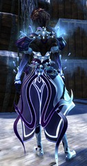 gw2-crystal-savant-outfit-sylvari-female-3