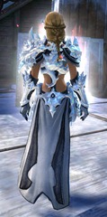 gw2-ice-encasement-outfit-human-female-3