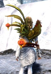 gw2-lucky-great-rooster-lantern-2