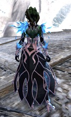 gw2-kasmeer's-regal-outfit-sylvari-female-3