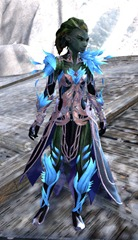 gw2-kasmeer's-regal-outfit-sylvari-female-4