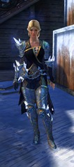 gw2-defiant-glass-outfit-hfemale-4